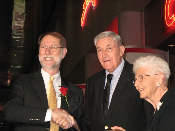 Jim Ford Presented the Pioneer Award to Don and Carolyn Davis